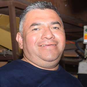Luis Hernandez of Golden Ring Car & Truck Repair